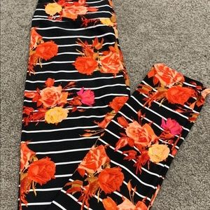 LuLaRoe Pants - Os floral print NWT Lularoe